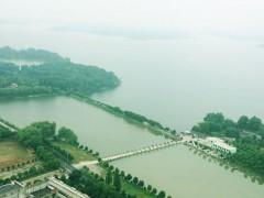 """无人机巡查为合肥两大水库""""体检"""""""