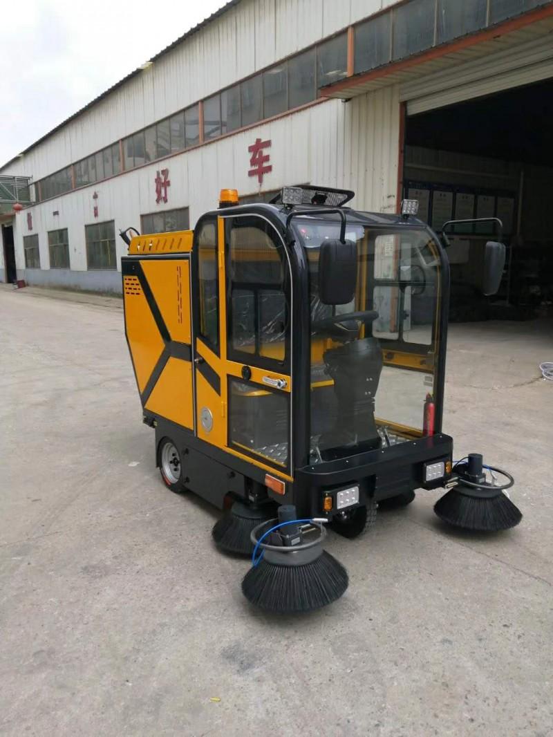 嘉兴街道小区道路清扫清洗车JC1900XS 洒水吸尘扫地机