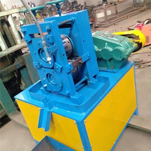 钢丝压扁机生产厂家 铁丝扁线机批发价格 就选安平从邦机械