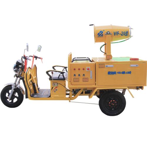 20型电动三轮喷雾车