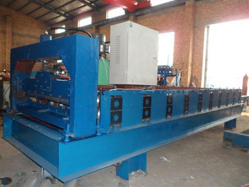 福建彩钢设备生产「益商优压瓦机」优良设计质量可靠