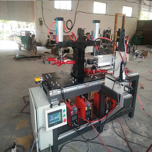平移两工位自动焊机