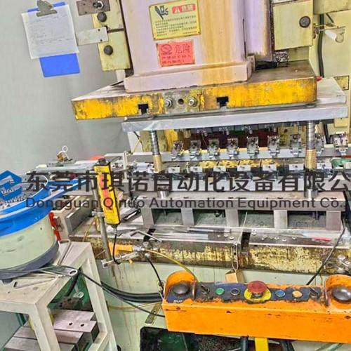 压缩机冲压二次元机械手自动化 冲压机器人