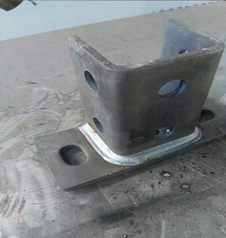槽钢法兰焊接