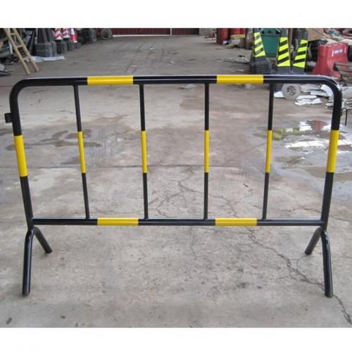 厂家供应铁马护栏移动式 临时护栏 活动围栏规格齐全