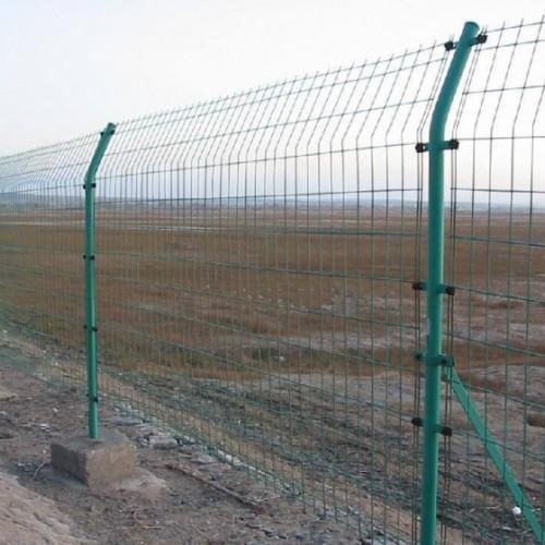 现货车间隔离网厂家 1.83米光伏电站护栏网 围墙防护网价格