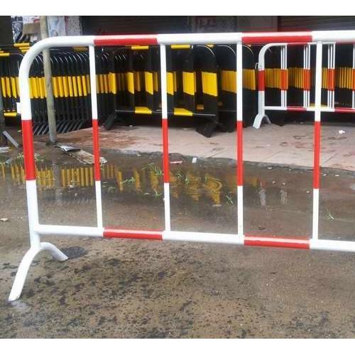 现货供应市政交通道路工地隔离移动排队围栏不锈钢铁马护栏