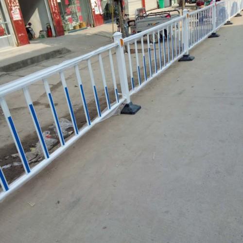京式护栏圆钢M型护栏N型护栏道路交通市政马路隔离栏