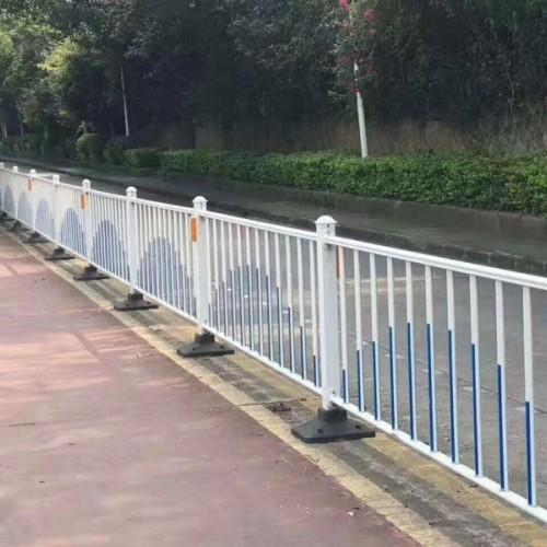 现货供应中间隔离带道路护栏_定制厂家城市交通隔离栏