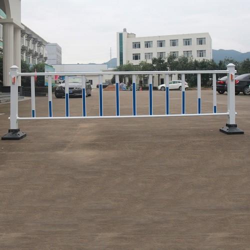 U型折弯道路 京式护栏 厂家直销圆管焊接 交通隔离护栏