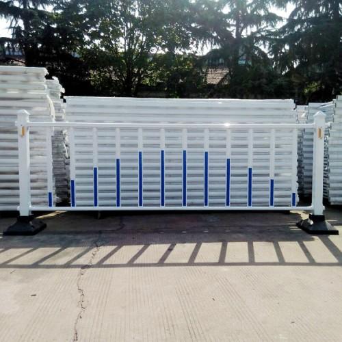 高速公路道路护栏 锌钢道路护栏 塑钢道路护栏 市政护栏