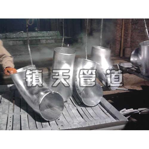 宁夏管道弯头生产厂家/沧州镇天管道/厂家定制各规格镀锌弯头