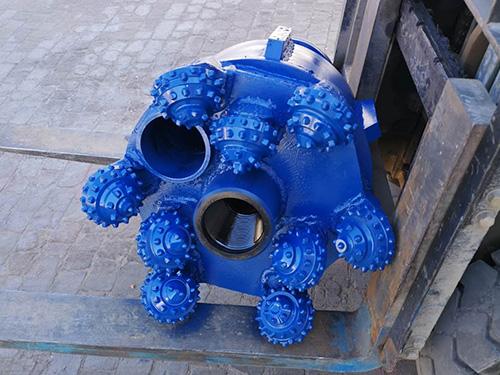 天津牙轮扩孔组装钻头出售「浩齐钻采」售后完善