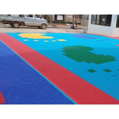 PVC拼装地板