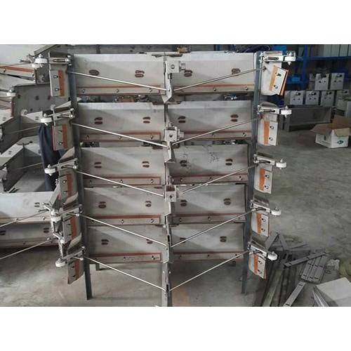 山东自动刮粪机现货供应/万晟畜牧设备性能稳定