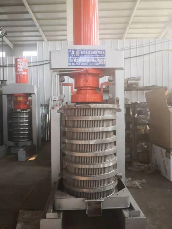 液压榨油机厂家   新型立式榨油机     卧式液压油榨油机