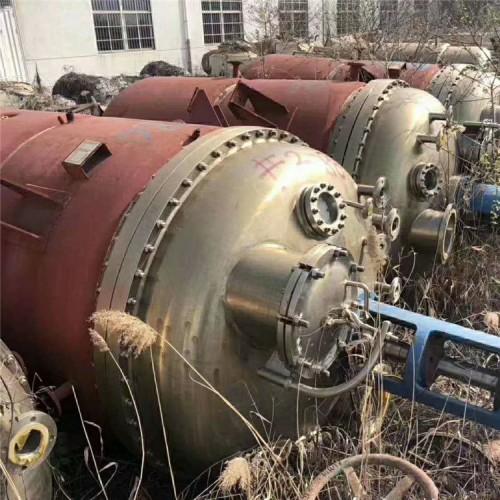 二手8000L不锈钢反应釜 8吨内盘管降温带搅拌可抽真空