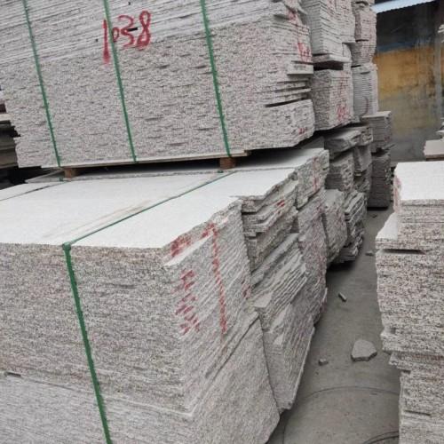 白锈石毛板