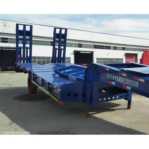 梁山挂车厂生产的轻型低平板设计