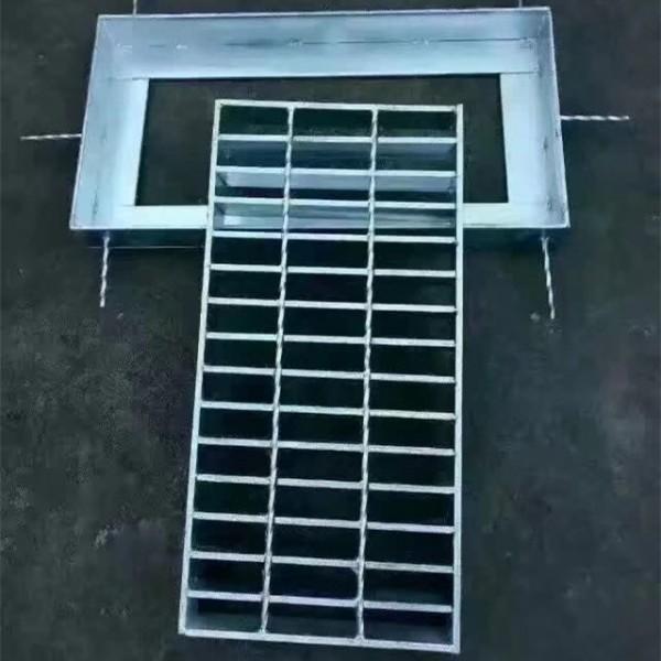 复合排水沟盖板
