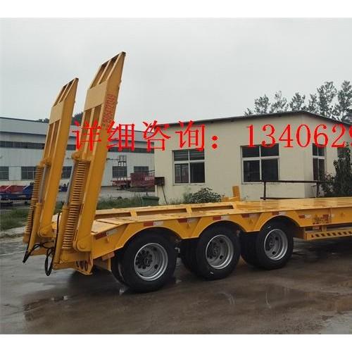 拖运重型大件低平板挂车