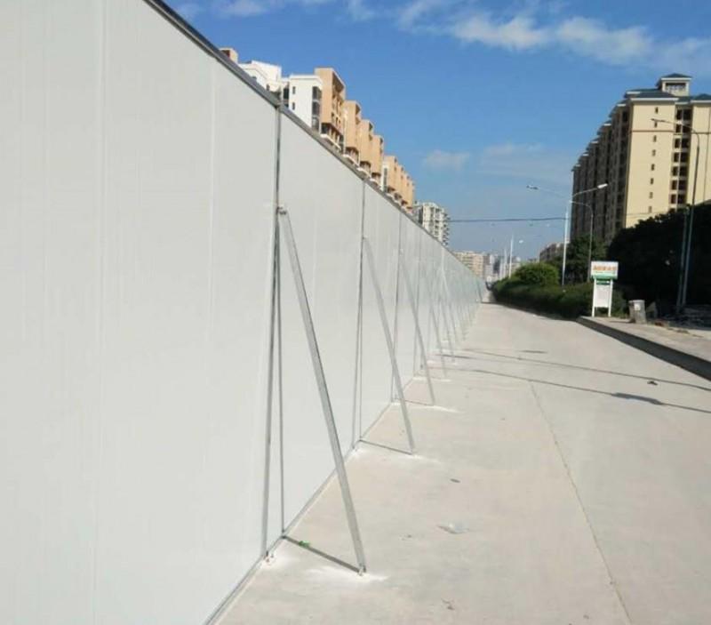 三田钢结构市政施工围挡板部分种类分享