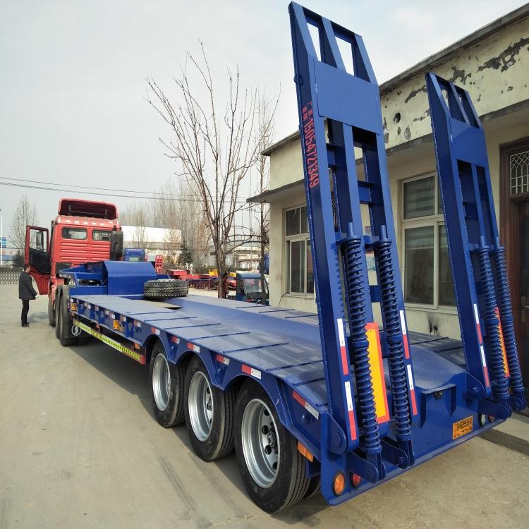 低平板拖车价格