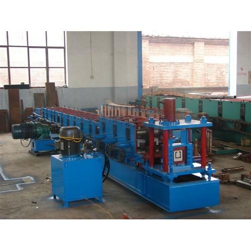 新疆彩钢压瓦机安装@益商优压瓦机服务到位&价格低