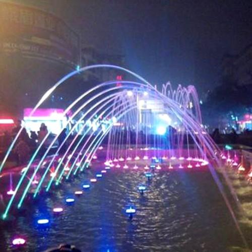 波光喷泉3