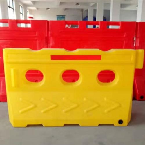 三孔滚塑水马生产工厂 三孔滚塑水马批发的价格