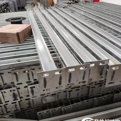 装配式镀锌钢立柱围挡