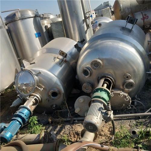二手多功能高压反应釜 二手建筑胶水反应釜 反应釜图片