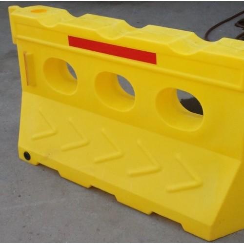 滚塑水马拉伸强度 滚塑水马防撞墩耐冲击强度