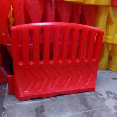 扇形水马厂家 扇形水马围栏价格 滚塑扇形水马规格