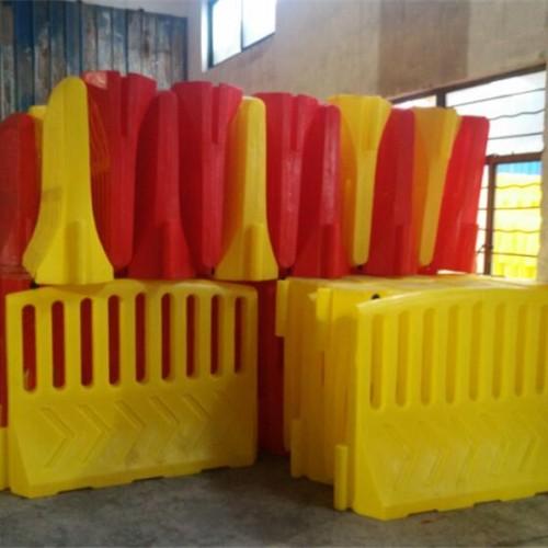 临时封闭隔离栏厂家直销 安全防护栏水马高围档塑料护栏