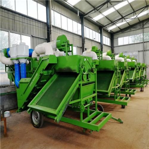 大型侧上料揉丝机厂家  拖拉机带动除膜机 花生秧除膜切断机