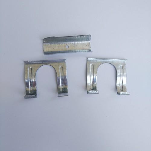 温室大棚配件卡槽镀锌固定卡管卡管子固定器三合一压膜槽卡子