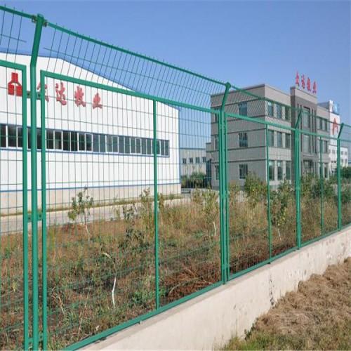 河北格华球场围栏生产厂实力雄厚全部现货当天发货