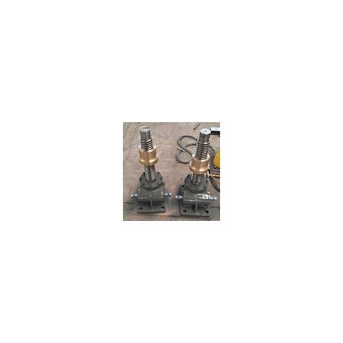 山东蜗轮蜗杆减速机价格@吴桥减速机型号齐全-服务完善
