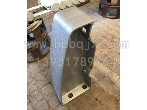 青海铸钢防撞立柱制造厂家-河北泊泉机械制造定制铸钢护栏立柱