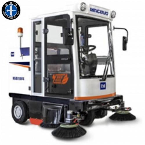 电动封闭式扫地车 驾驶式扫地车 内蒙古绿通电动车有限公司
