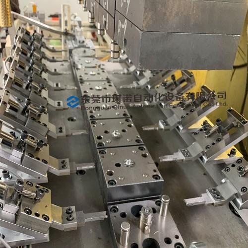 五金冲压机器人 东莞琪诺多工位机械手模内传送设备