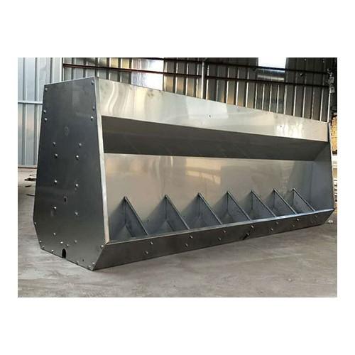 湖南猪用不锈钢食槽价格「旺农畜牧设备」小猪不锈钢食槽
