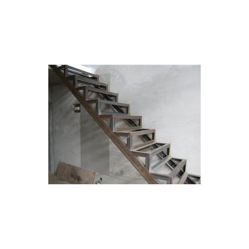 石景山钢结构工程厂家~北京福鑫腾设计工程设计钢结构楼梯