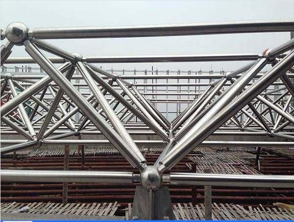陕西咸阳网架加工厂家-咸阳螺栓球网架公司-咸阳焊接球网架