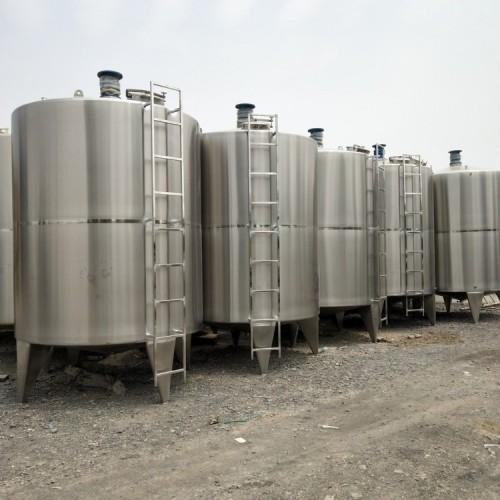 大量出售1.5吨电加热搅拌罐