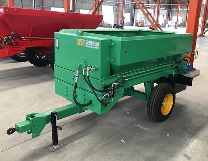 正规生产厂家直销有机颗粒肥撒肥机
