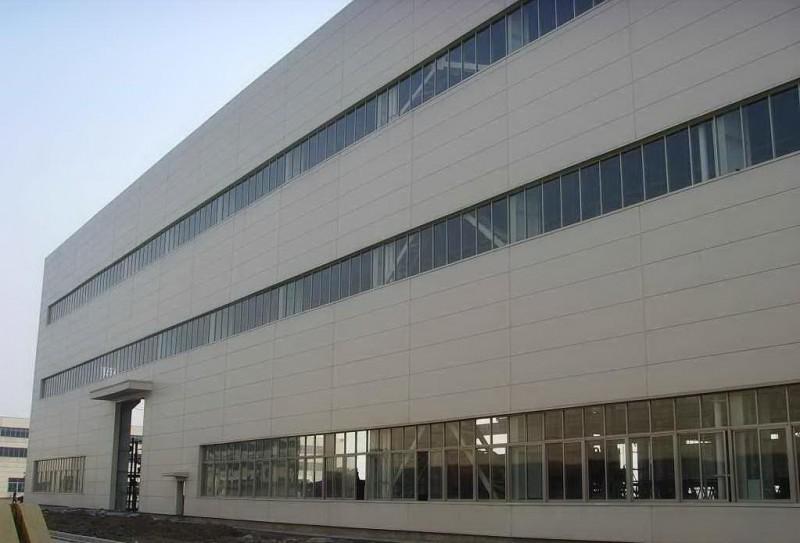 安徽钢结构制作企业~北京福鑫腾达彩钢设计厂家定做钢结构厂房