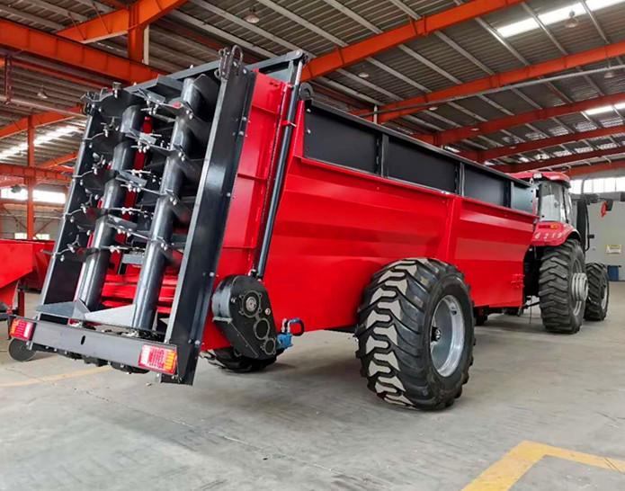 施肥机 有机肥扬肥车