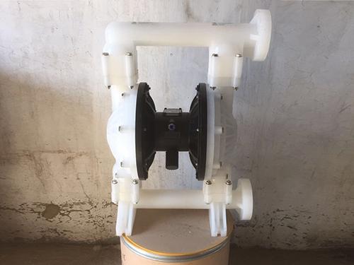 四川气动隔膜泵企业 泊头鑫达公司加工生产塑料气动隔膜泵